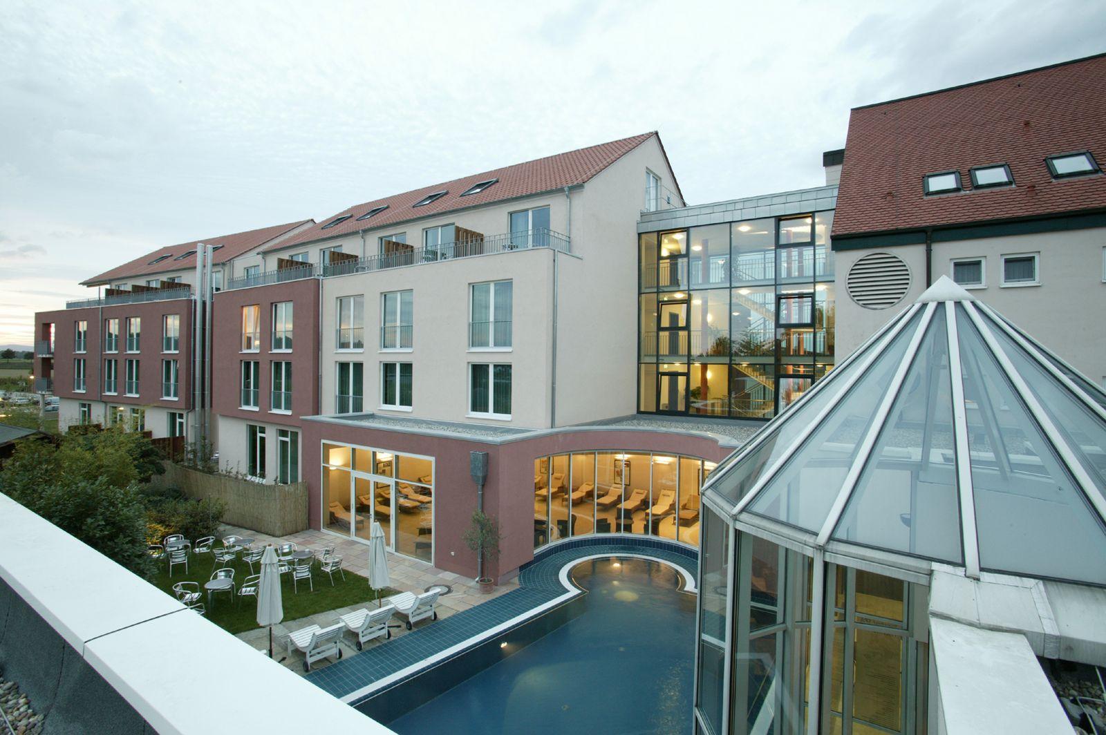 lindner hotel binshof 03 lindner architekten. Black Bedroom Furniture Sets. Home Design Ideas